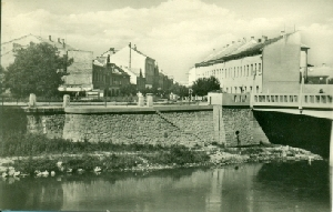 Břeclav - Gottwaldova ulice - pohlednice